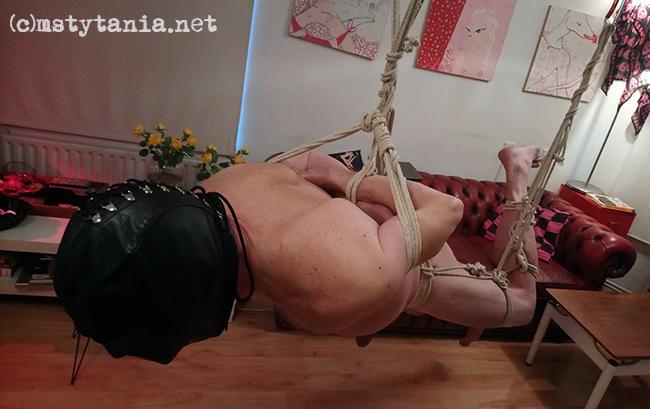 shibari rope suspension 6