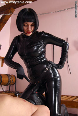 sexy amateur latex domina