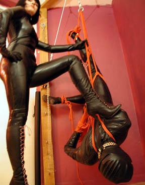 upside down suspension rope shibari